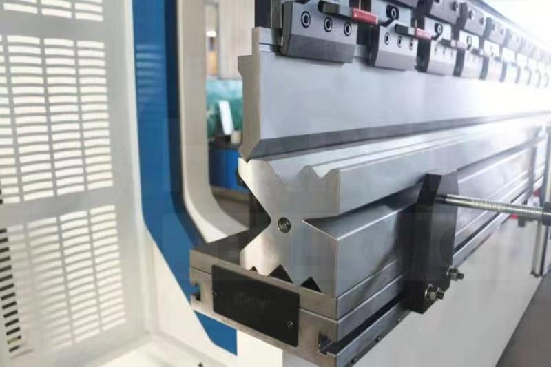 the-fundamentals-of-press-brake-maintenance-1